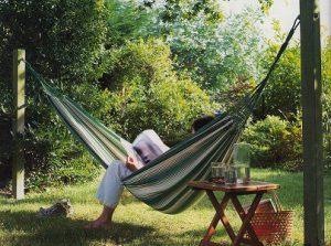 Comment accrocher un hamac de jardin ?